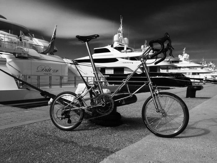 モナコのサイクル・イベントでモールトンが活躍1